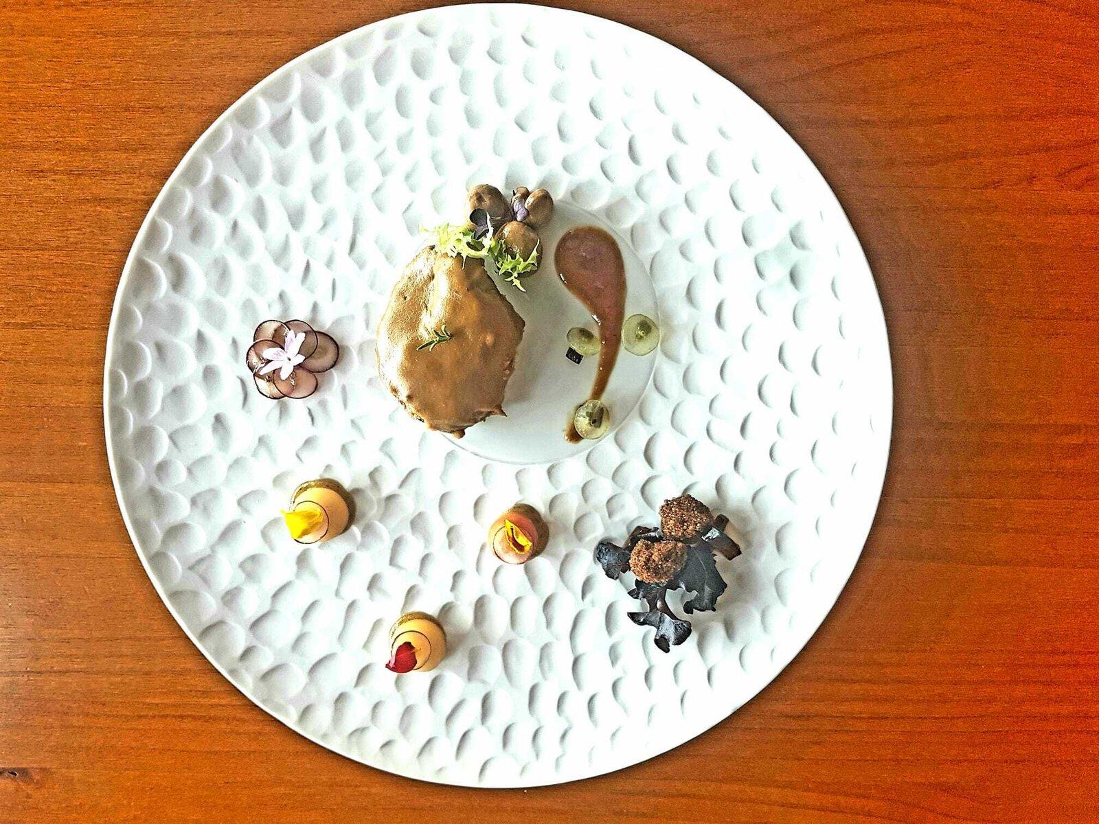 LAS TABLAS del REY-Carrillada de cerdo ibérico en salsa vino tinto